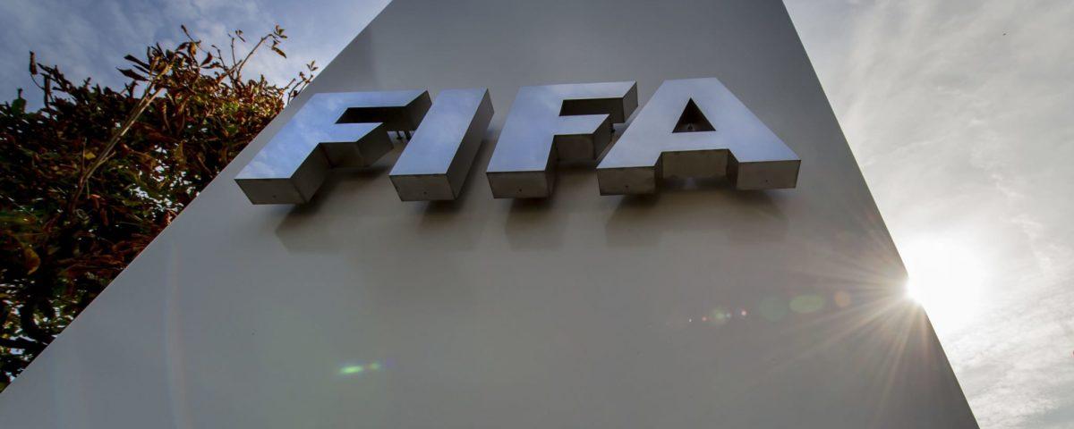 Caixa bilionário FIFA usadas para criar fundo de emergência e ajudar o mundo do futebol