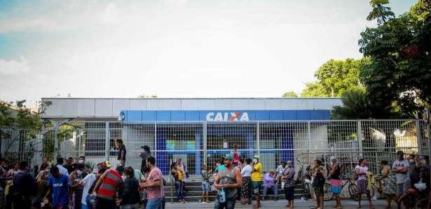 O drama daqueles que precisam de ajuda de emergência em Recife parece interminável