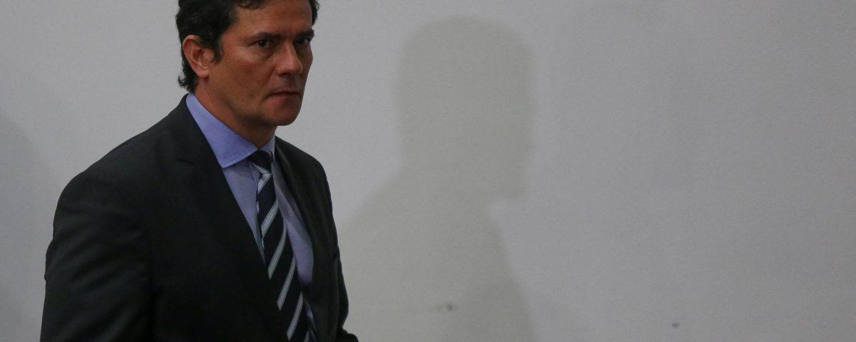 O oponente de Moro, o centro, defende Bolsonaro e diz que não há clima para impeachment.