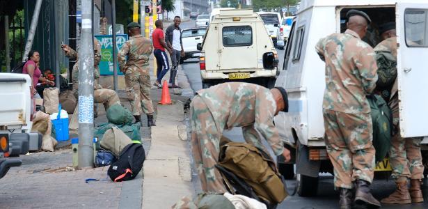 África do Sul receberá 70.000 soldados para reforçar os bloqueios secretos de 19