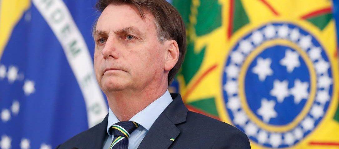 Bolsonaro avalia colocar general na posição número dois em saúde