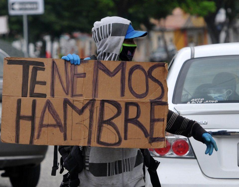 """Um brasileiro que vive no Equador relata o impacto da pandemia: """"Vi crianças pegando comida do lixo em minha casa"""""""