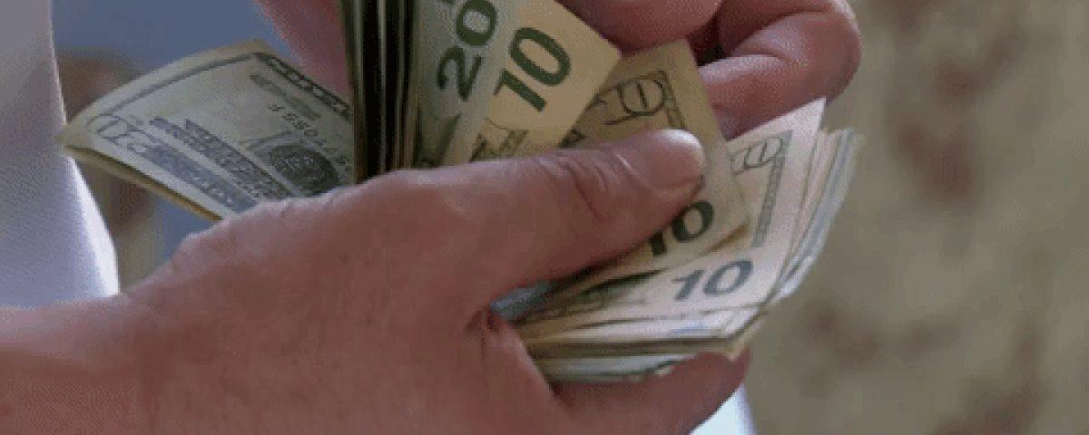 O dólar fecha mais alto nesta terça-feira, mas permanece abaixo de R $ 5,20