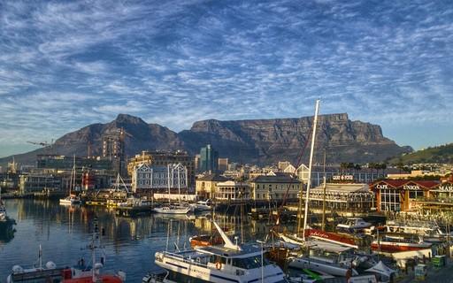 África do Sul anuncia US $ 26 bilhões para tratar dos efeitos do coronavírus