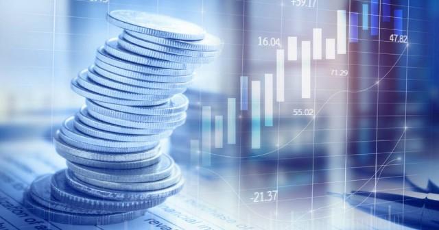Redução de cargos de gestão em setores cíclicos e aumentar a exposição no mercado dos EUA