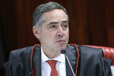 Luís Roberto Barroso é eleito para presidir o TSE