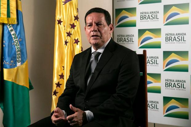 """""""Não é bom"""", diz Mourão sobre a demissão de Sergio Moro"""