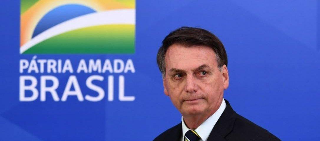 """""""Não vou admitir que sou um presidente coxo, refém de decisões monocráticas"""", diz Bolsonaro"""