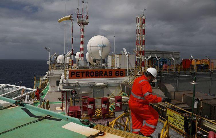 Produção da Petrobras cresce apesar da crise de 19 de outubro