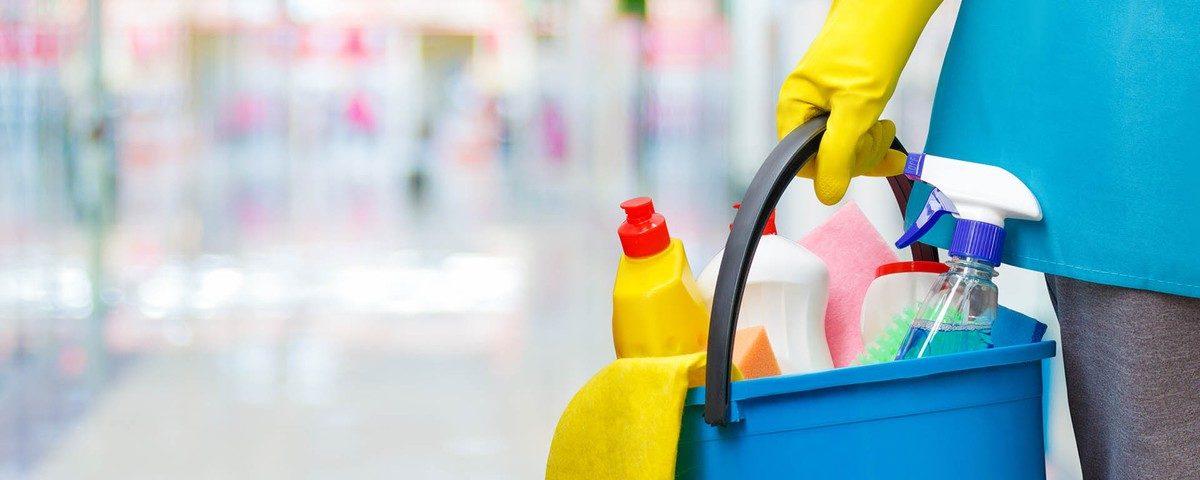 Quarentena: como limpar a casa, com que frequência e quais produtos usar