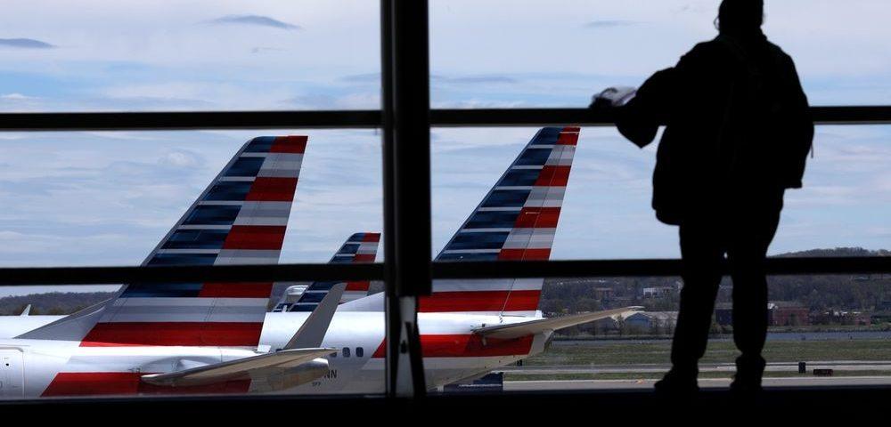 Trump ameaça suspender a imigração para os Estados Unidos devido a pandemia