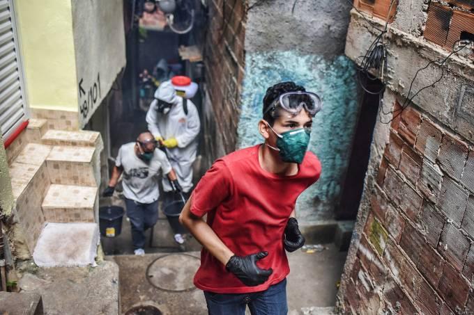 Covid-19: Brasil tem 1.736 mortes e aborda 30.000 casos