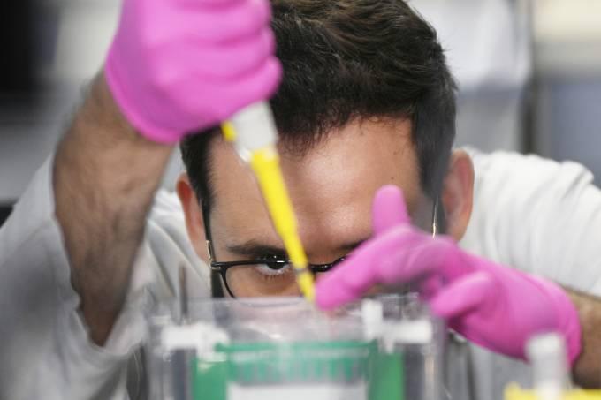 Estudo no Brasil identifica medicação com 94% de eficácia contra o coronavírus