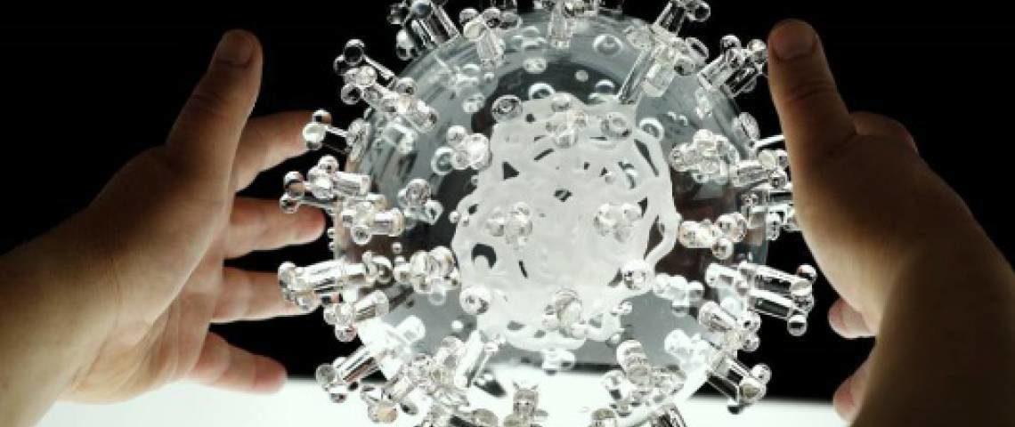 As ações da empresa farmacêutica disparam após o anúncio de um possível anticorpo contra o coronavírus
