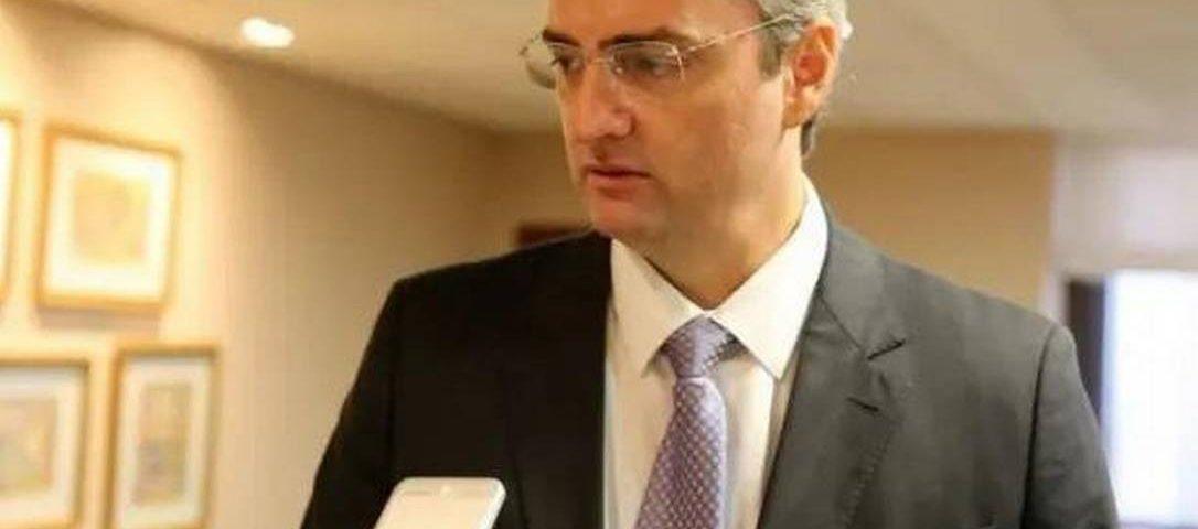 Bolsonaro nomeia Ramage como 'braço direito' para liderança de PF