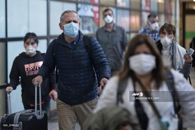 Coronavírus: Chile enfrenta casos crescentes e adota o bloqueio em Santiago