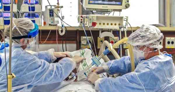 Coronavírus: com confirmação recorde de óbitos, bloqueio se expande no país