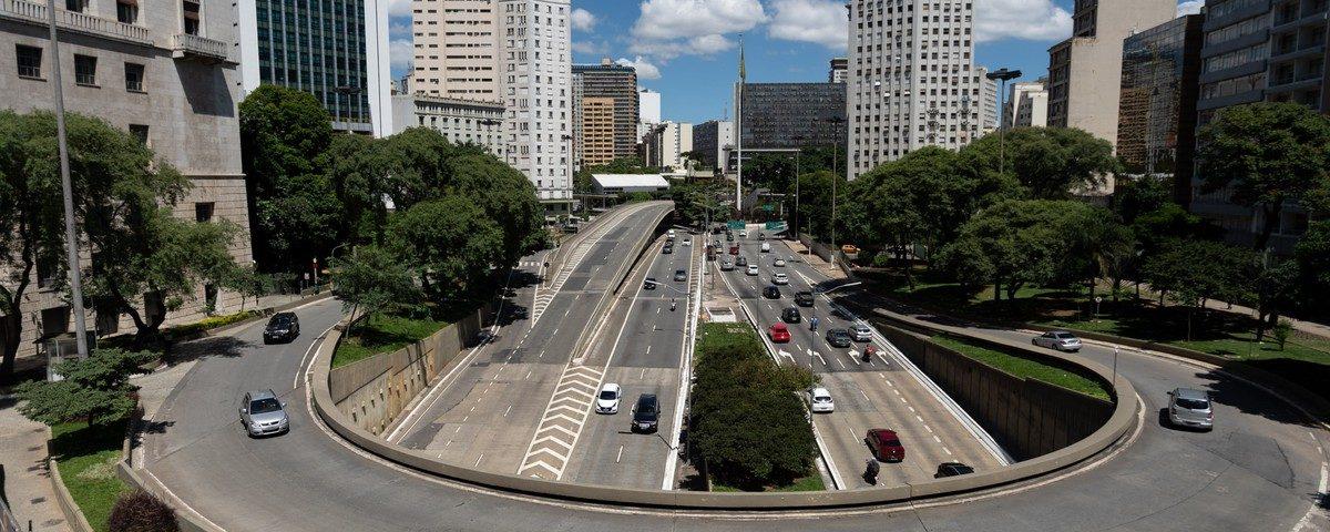 Covas assina decreto que antecipa feriados municipais para aumentar isolamento social
