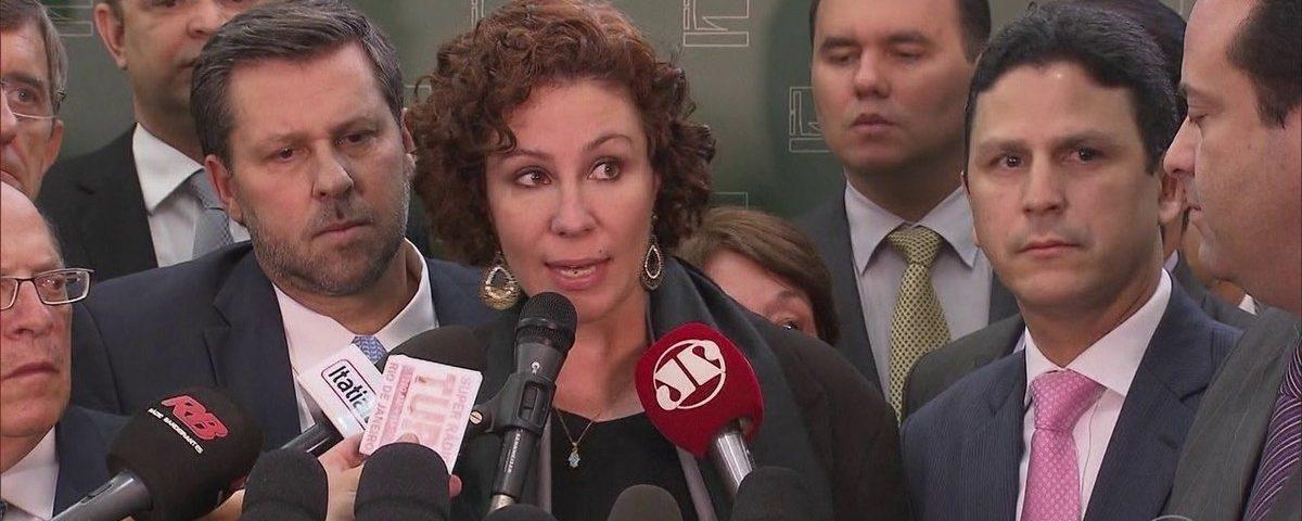 """O deputado propôs a Moro concordar com Bolsonaro sobre a vaga de ministro no STF: """"cairá se o Sr. Sal '"""