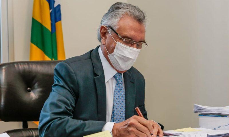 Goiás assina protocolo de intenções com 24 empresas