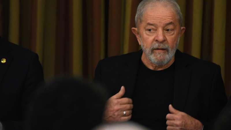 Lula pede desculpas após polêmico discurso sobre coronavírus