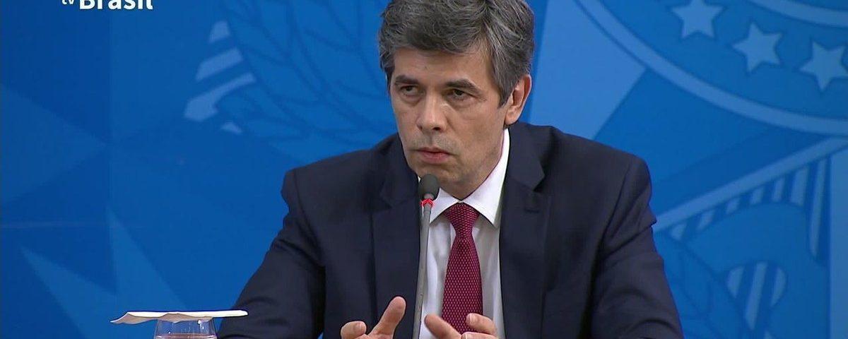 Ministro diz que liberação do isolamento não pode começar com curva de coronavírus em 'descida clara'