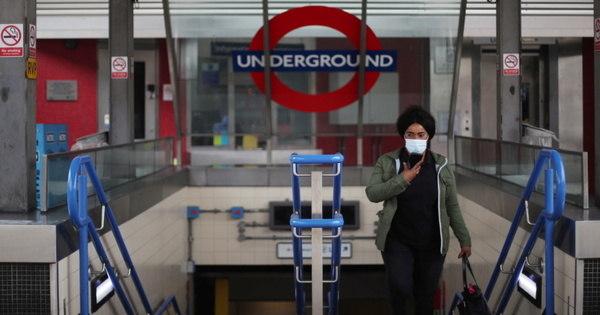 Uma mulher que foi cuspida por um homem com covid-19 morre em Londres