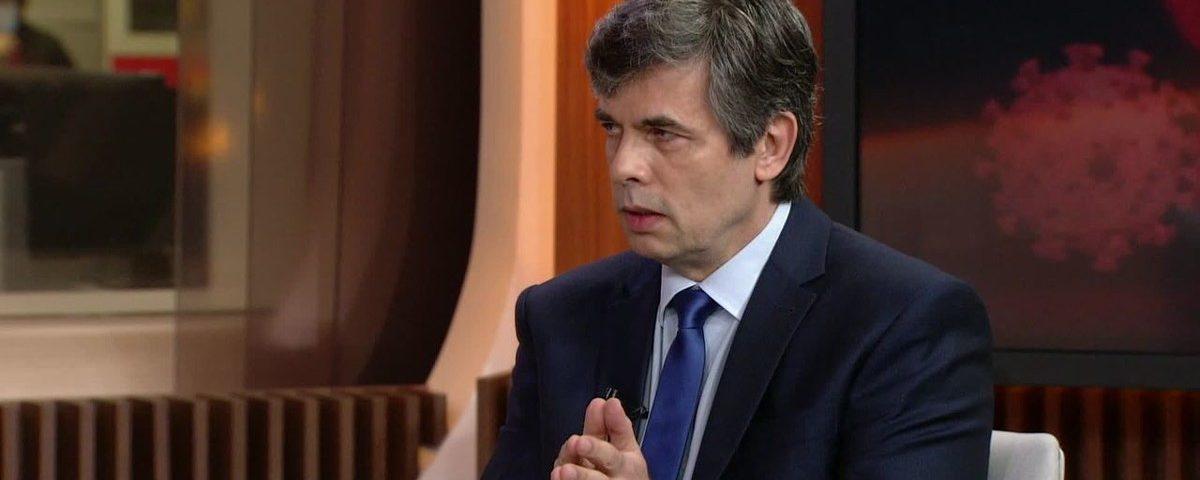 """""""Não houve alinhamento com o presidente"""", diz Teich sobre deixar o Ministério da Saúde."""