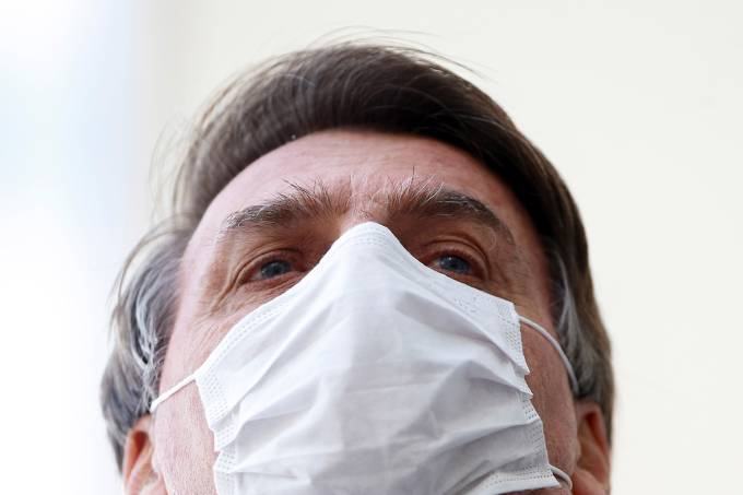 AGU entrega testes de coronavírus Bolsonaro ao STF - ver resultado