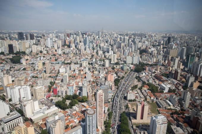 As mortes de Covid-19 em São Paulo cresceram 1.300% em um mês
