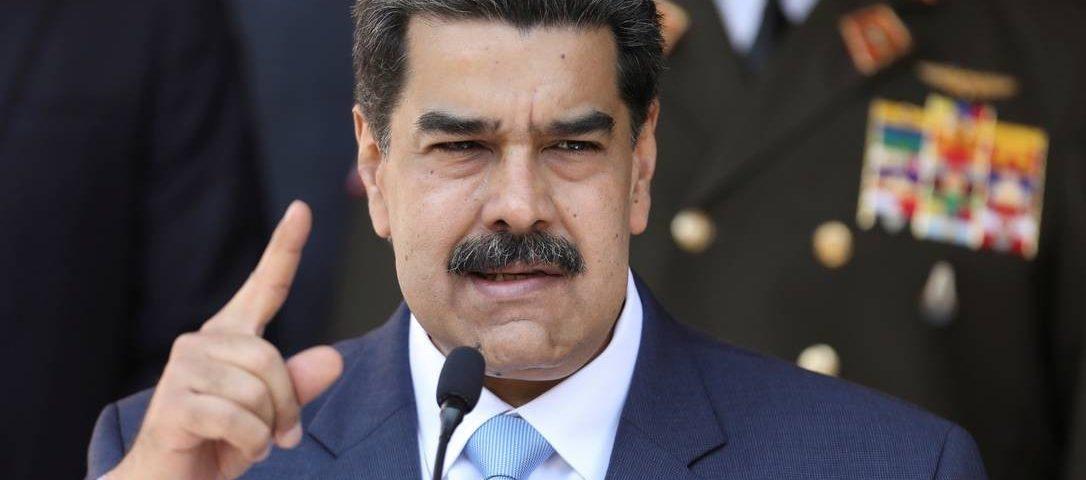Venezuela se recusa a retirar diplomatas e diplomacia brasileira pode expulsá-los