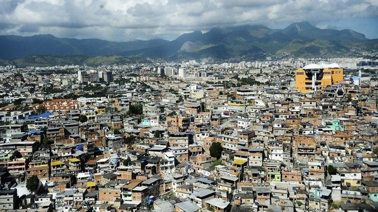 Covid-19: Rio amplia isolamento e adia abertura de comércio