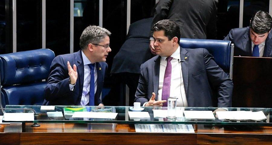 O projeto de lei que cria a Lei das Notícias Falsas pode ser votado nesta terça-feira