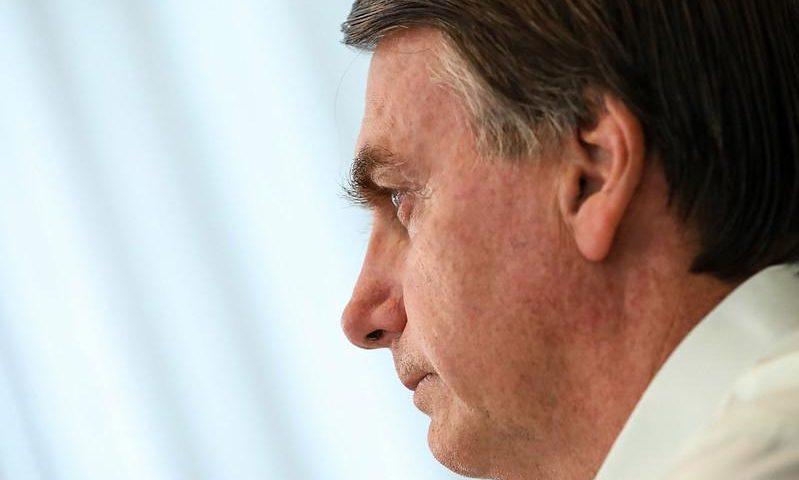 """A tensão entre Bolsonaro e o STF amplia a polarização política e fortalece o """"centro"""""""