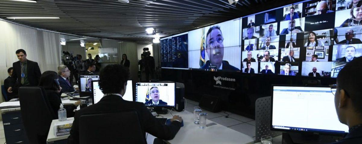 Senadores discordam sobre o papel do STF na investigação de notícias falsas