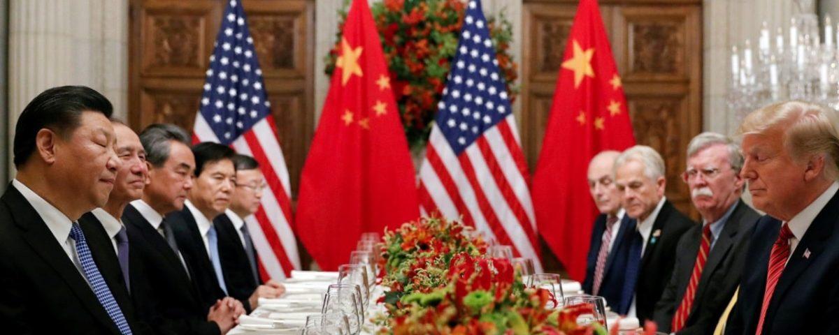 China cede à pressão dos EUA e alivia restrições de viagens aéreas