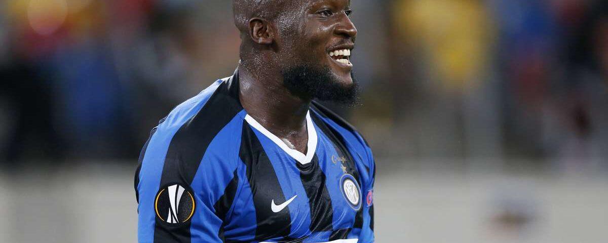 O Inter vence e segue para as semifinais; United se qualifica na prorrogação