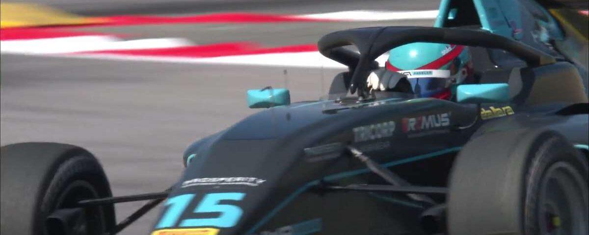 O veterano da Fórmula 3 Hughes vence Sargeant e vence a corrida 1 em Barcelona