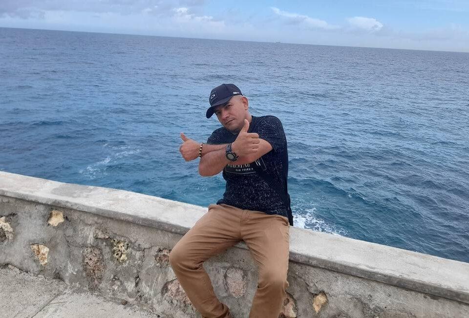 Um prisioneiro colombiano no Haiti ingressou no comando especial do Exército e recebeu treinamento dos EUA